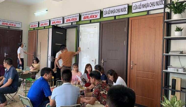 Cửa thép vân gỗ Quảng Ninh