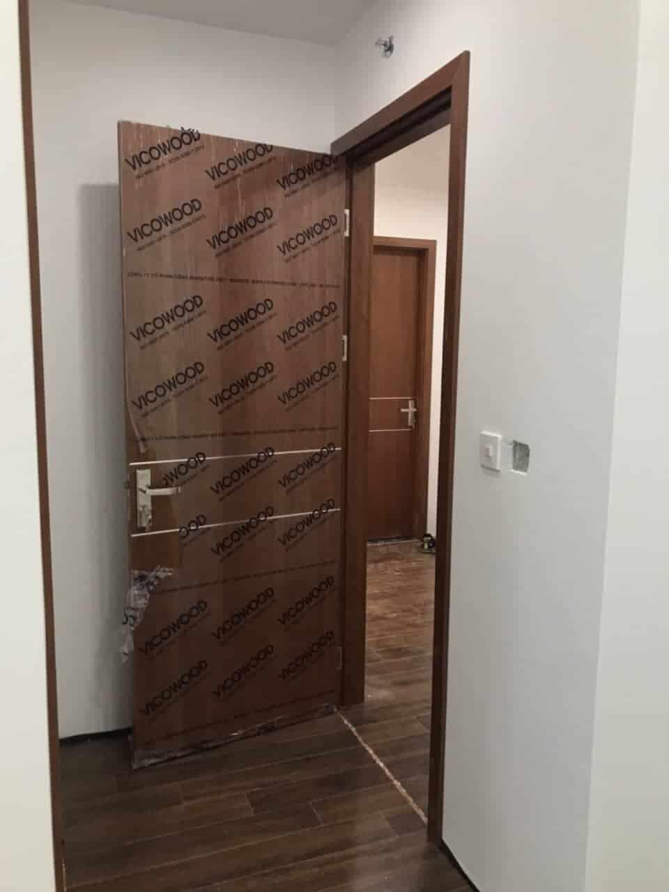 Cửa gỗ nhựa chịu nước composite Vicowood