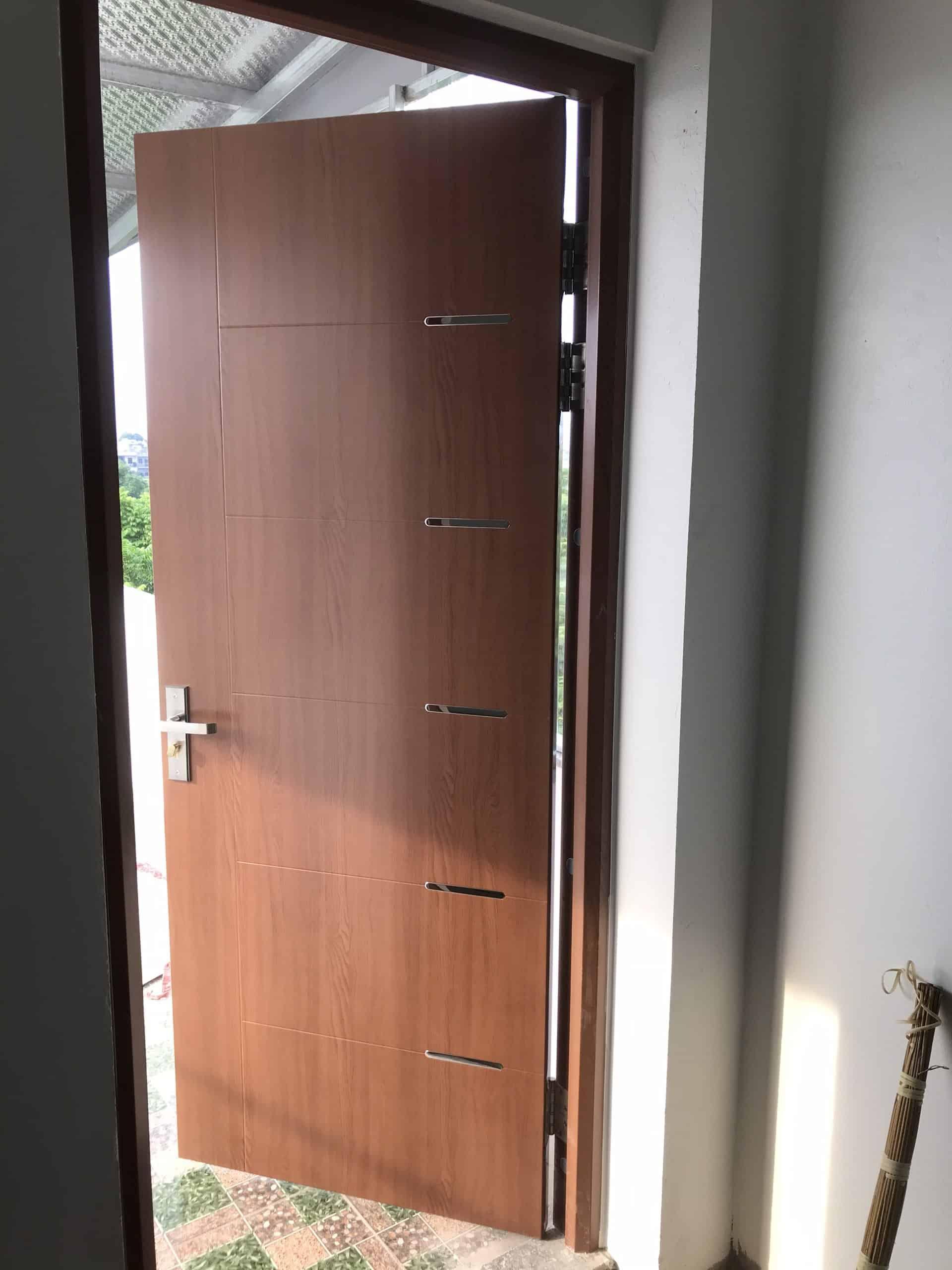 Mẫu cửa sắt 1 cánh hiện đại