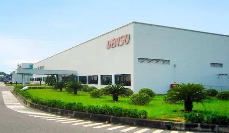 Lắp cửa thép chống cháy Galaxy cho nhà máy Toyo Denso